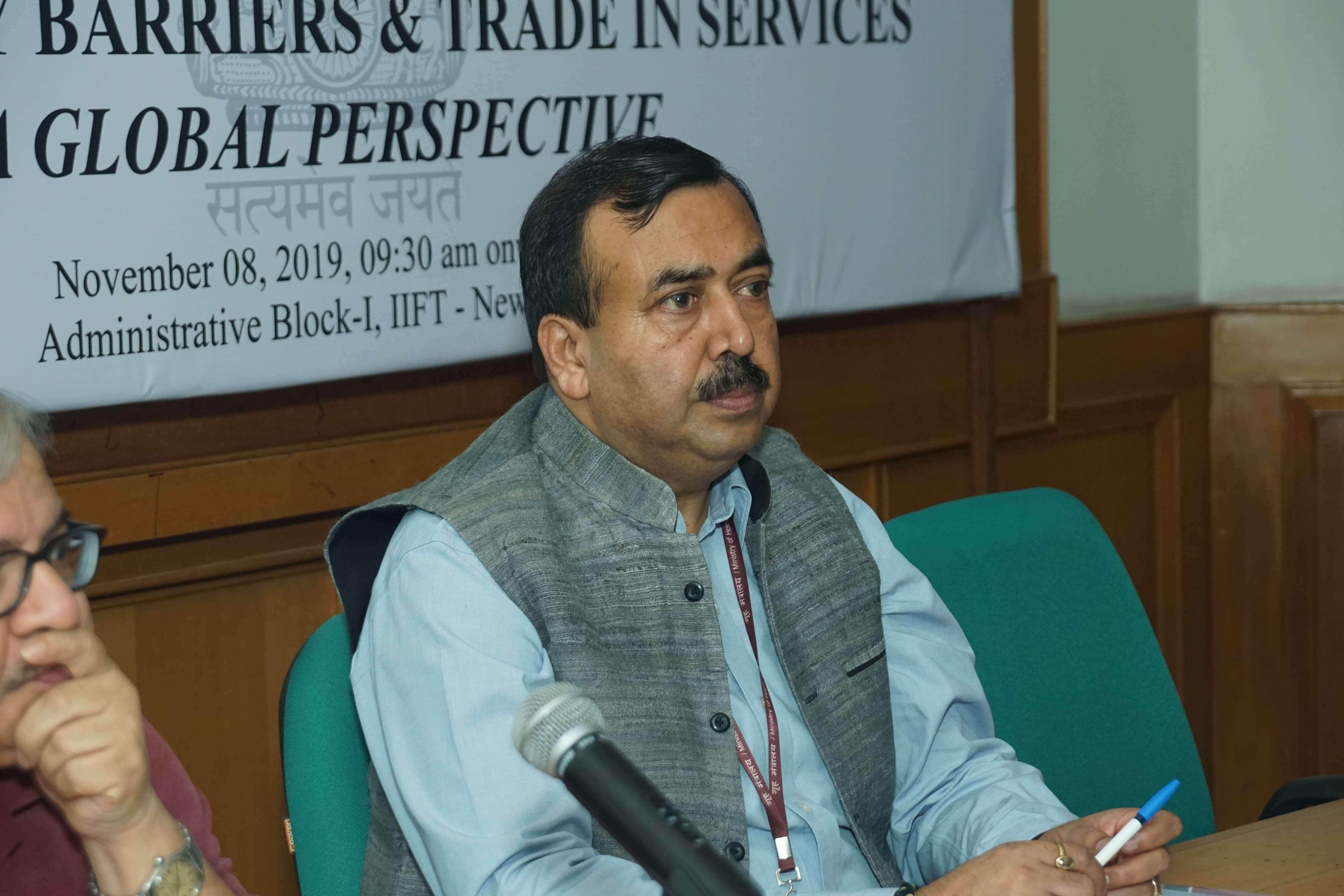 Mr. Sudhanshu Pandey, AS, DoC in the discussion on Regulatory Barriers and Trade in Services on 8th Nov 2019
